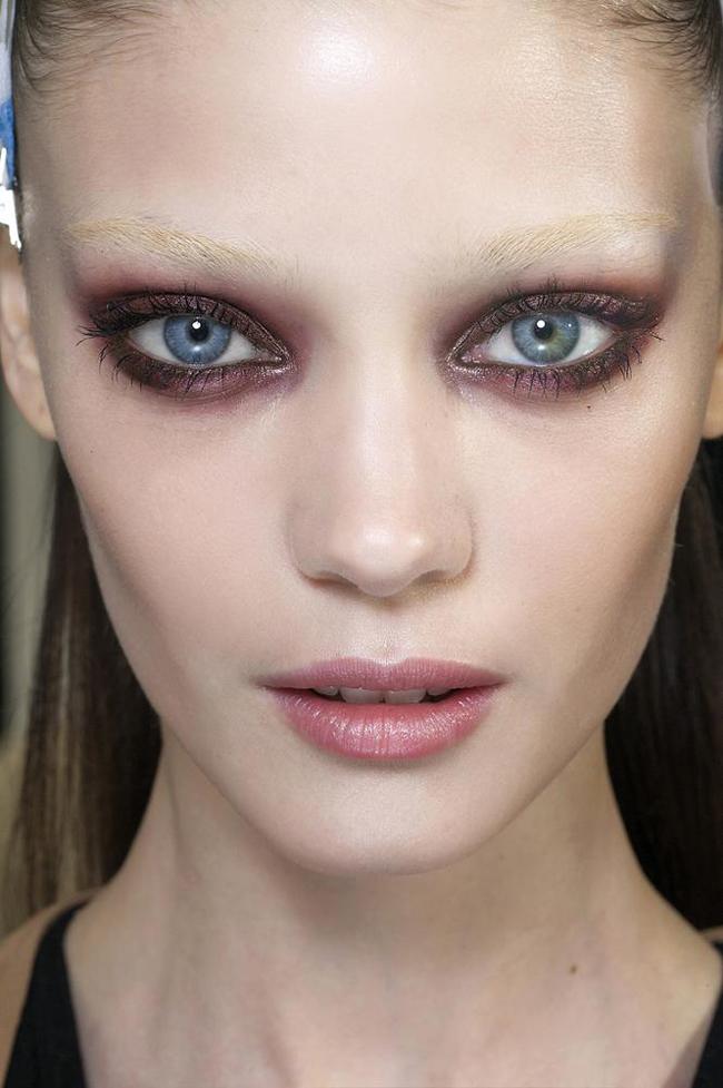 giok Umetnost korišćenja senke za oči