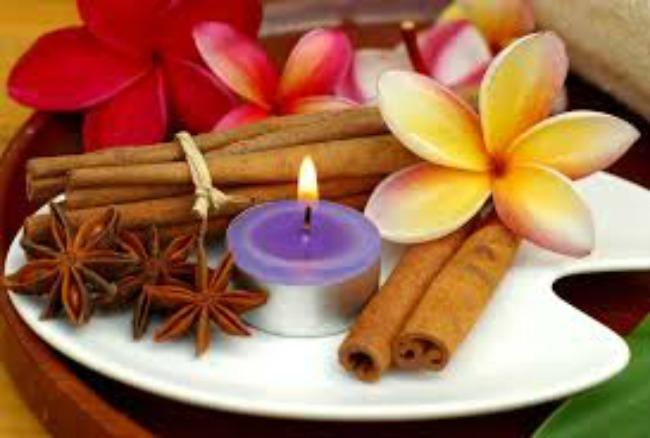 ljubicasta sveca i cvet Feng šui: Pozitivnom energijom do sreće u životu