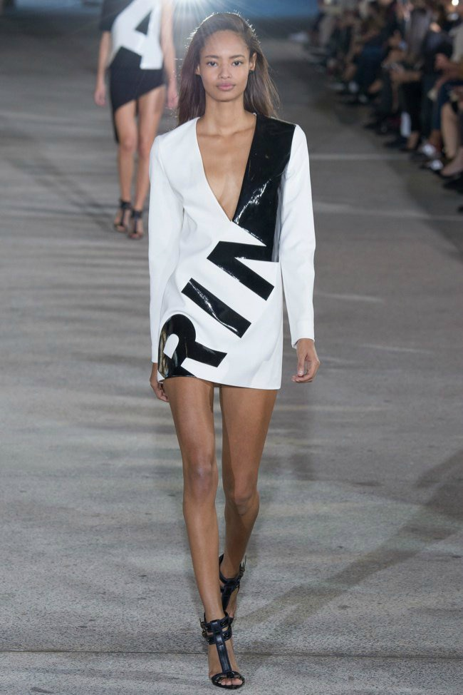 modne vesti anthony vaccarello loreal paris i calvin klein kolekcija prolece leto Modne vesti: Anthony Vaccarello, LOreal Paris i Calvin Klein