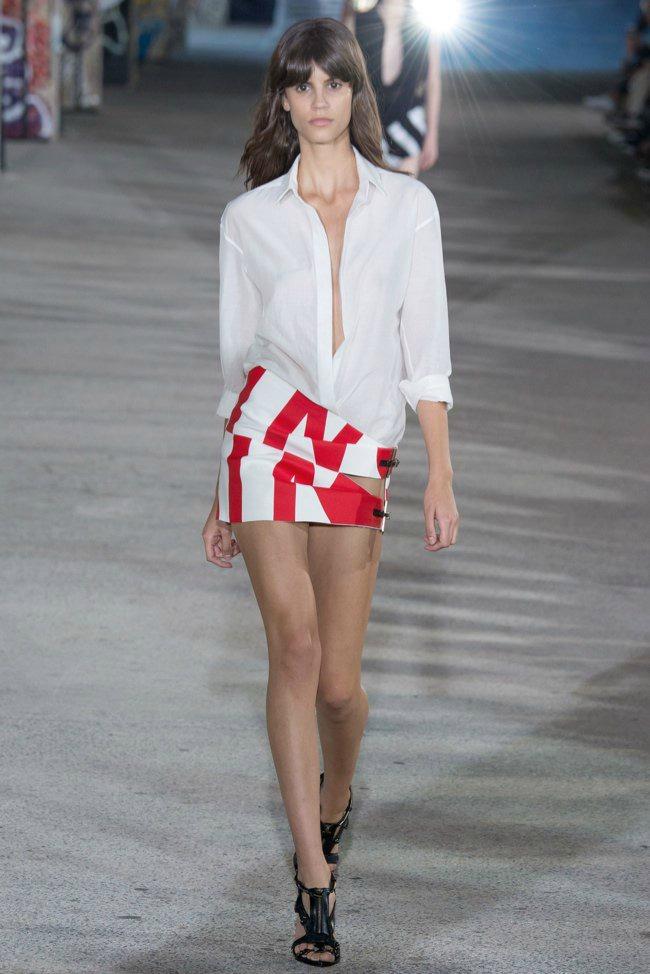 modne vesti anthony vaccarello loreal paris i calvin klein kolekcija Modne vesti: Anthony Vaccarello, LOreal Paris i Calvin Klein