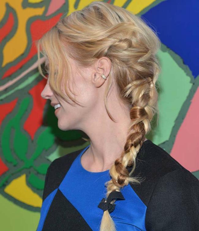 stajlis frizure poznatih neuredne pletenice dzenjueri dzouns Stajliš frizure poznatih: Neuredne pletenice