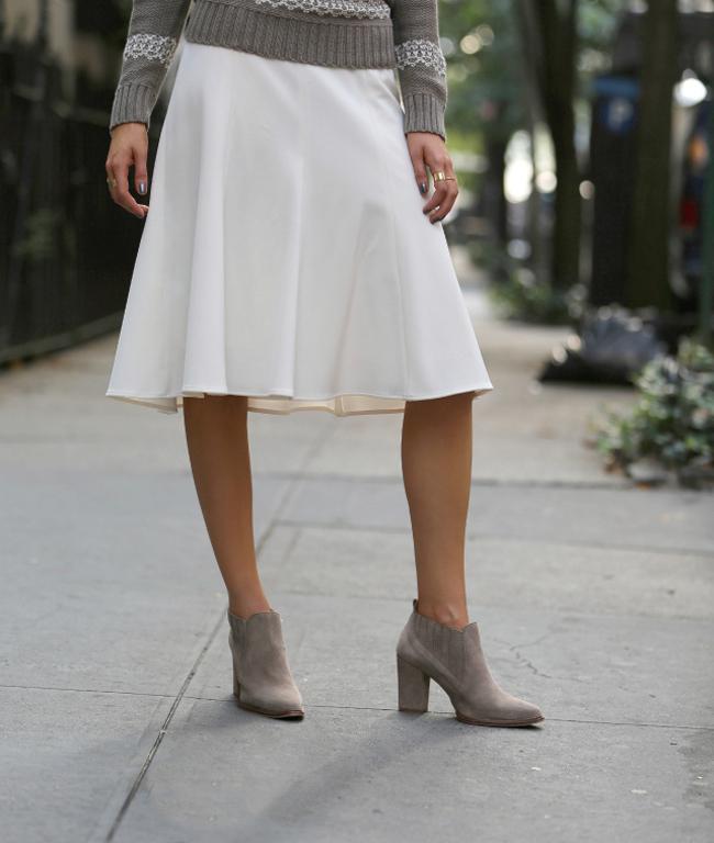 Belasuknja Šta obuti ove nedelje: Popularne čizme do članaka