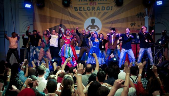Festival kubanske muzike i igre Havana en Belgrado 3 Javni čas salse u Ušću