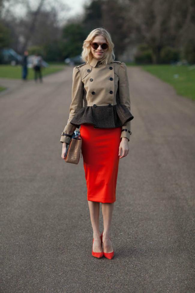 Lena Šta obući ove nedelje: Crvena uska suknja