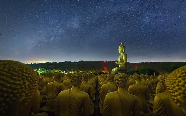 Puzzle Group Tajland Tajland: Hedonistički raj, zemlja osmeha i večne slobode