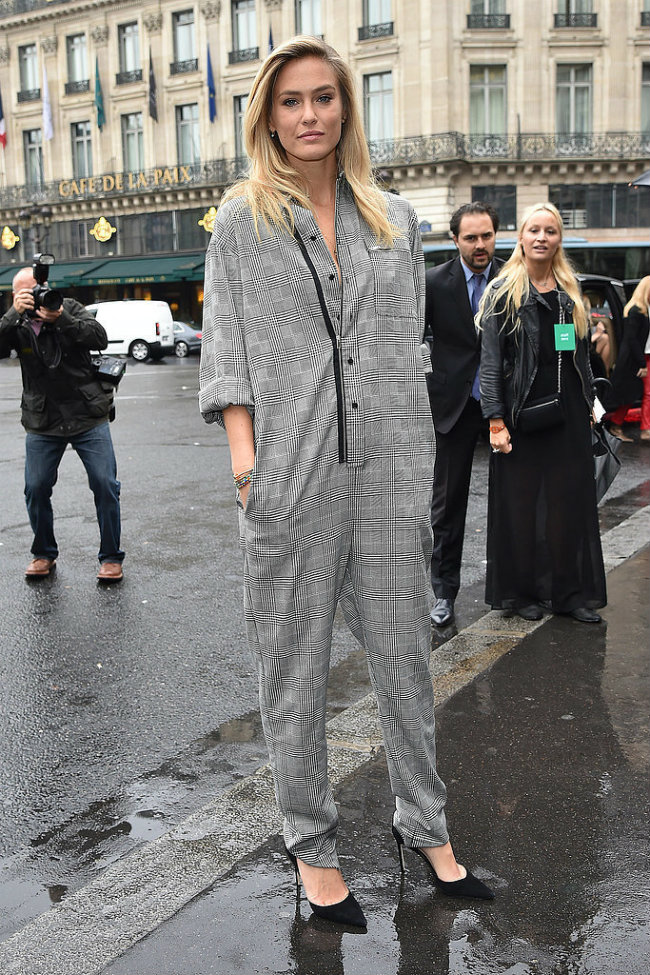 Utilitarian Jumpsuit Ulična moda sa Meseca mode