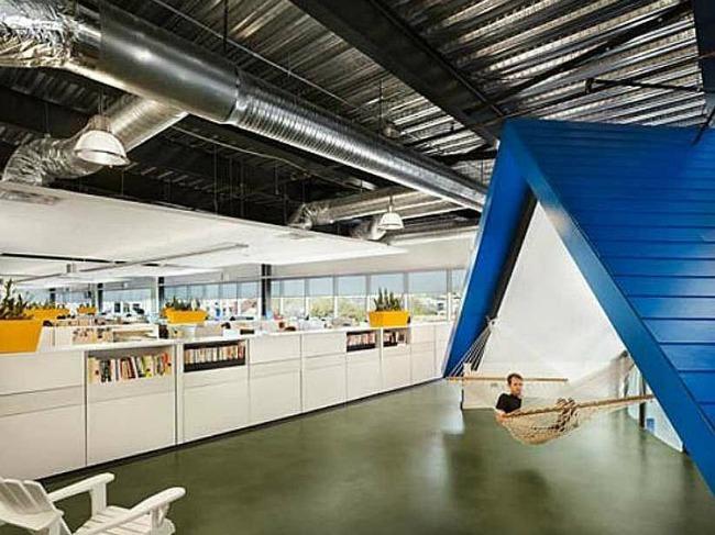 Zamisli da radiš na ovako kul mestu 1 Zamisli da radiš na ovako kul mestu!