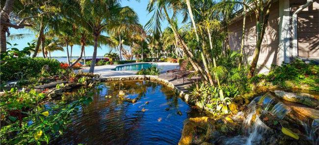 dvorište Kuće bogatih: Raj na privatnom ostrvu