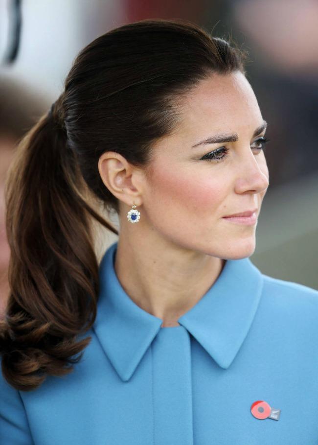 kosa vezana u rep najpoznatije frizure svih vremena princeza kejt Kosa vezana u rep: Najpoznatije frizure svih vremena