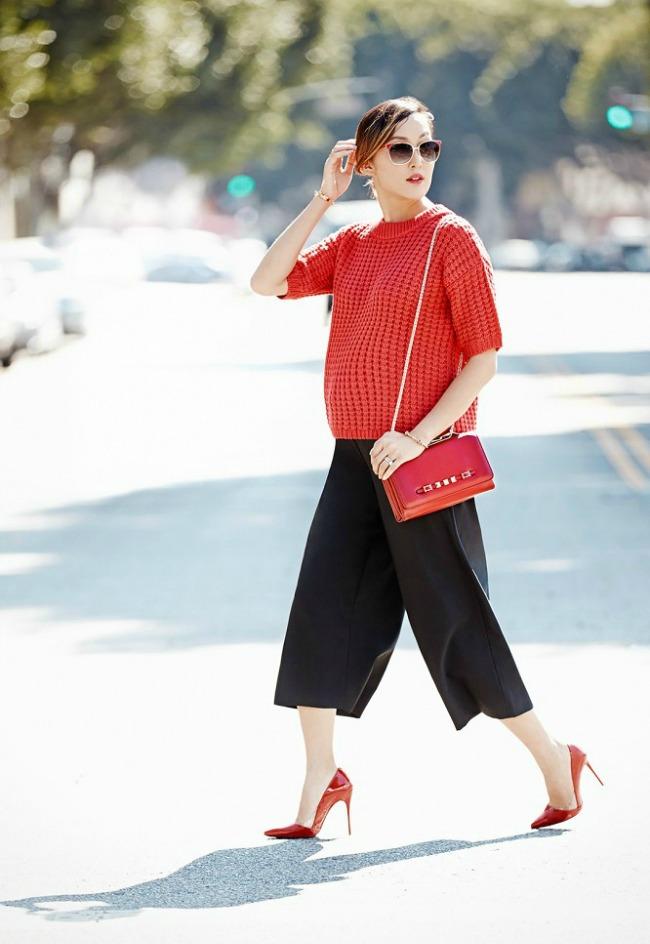 trend alarm nosite crveno ove jeseni crveni dzemper1 Trend alarm: Nosite crveno ove jeseni