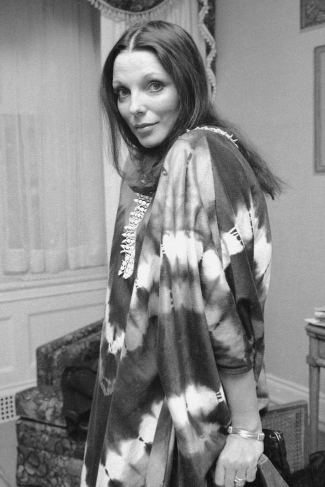 Džoan Kolins Kaftan kao univerzalna doza glamura