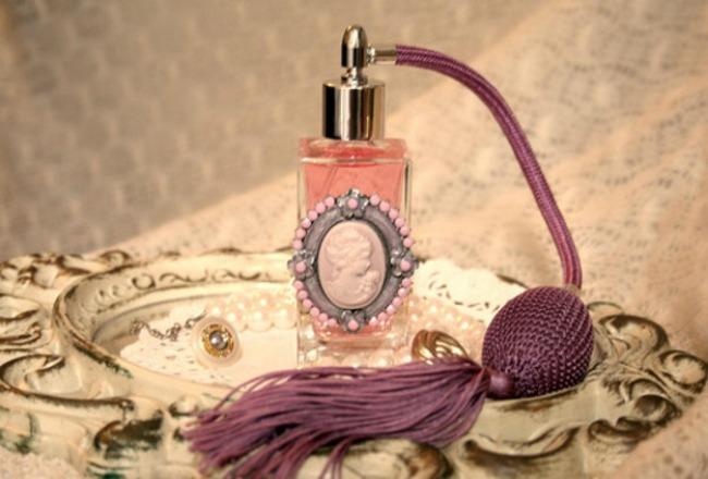 ParfemNovoIstrazivanjetekst Parfemi kroz istoriju