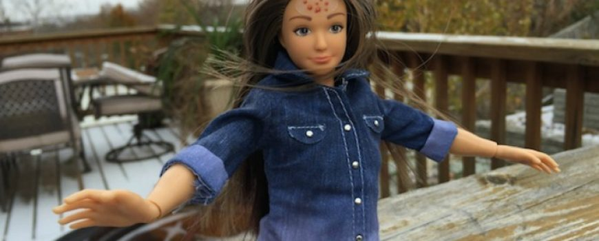 Bubuljice, celulit, strije: Barbika u realnom svetu