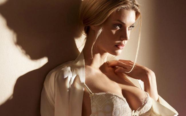 lepa žena1 Poruke tela: Da li je dobar izgled dovoljan