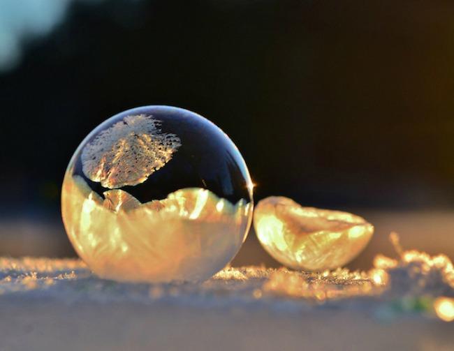 smrznuti mehurici 1 Mehurići od pene kao zimska umetnost