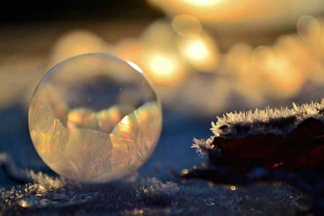 smrznuti mehurici 3 Mehurići od pene kao zimska umetnost
