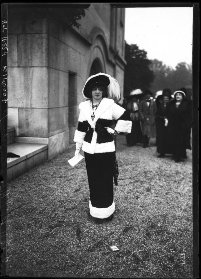 1911 1 Street Style u Parizu početkom dvadesetog veka
