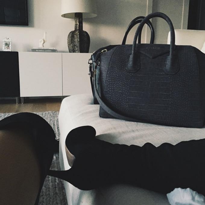 Kajli Dzener Najpopularniji aksesoari na Instagramu