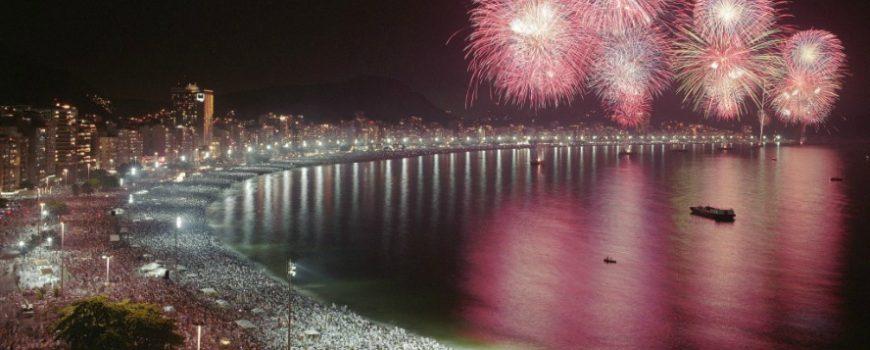 Rio de Žaneiro obeležava godišnjicu novogodišnjim vatrometom
