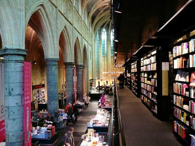 crkva pretvorena u knjizaru 2 Neobični enterijer katedrale pretvorene u knjižaru