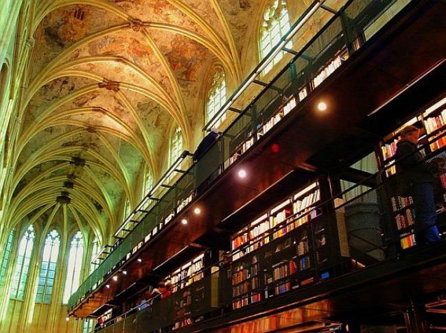 crkva pretvorena u knjizaru 3 Neobični enterijer katedrale pretvorene u knjižaru