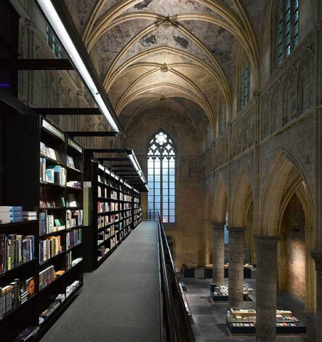 crkva pretvorena u knjizaru 4 Neobični enterijer katedrale pretvorene u knjižaru
