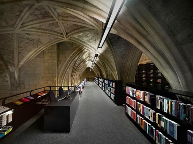 crkva pretvorena u knjizaru 5 Neobični enterijer katedrale pretvorene u knjižaru
