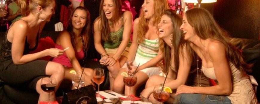 Muško društvo, žensko društvo: Zašto niko ne priđe