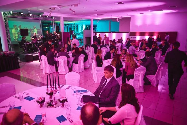 mercedes benz 2 Tradicionalna godišnja večera kompanije Star Import