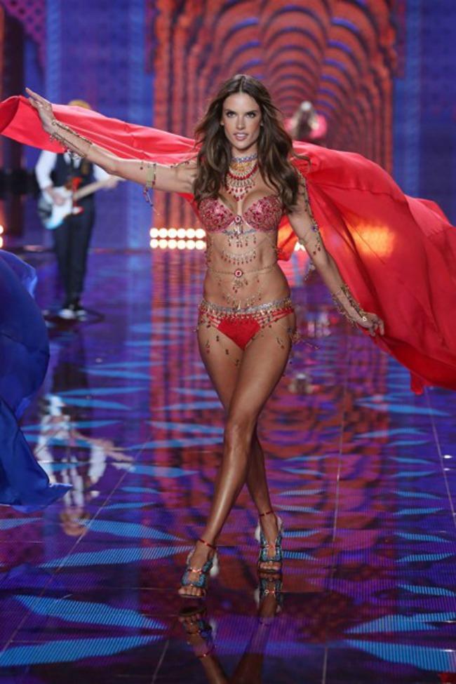 odrzana godisnja revija brenda victorias secret 8 Održana godišnja revija brenda Victorias Secret