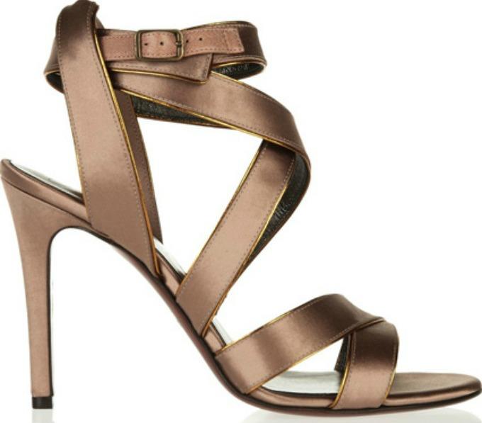 saten1 Savršene cipele za Novu godinu