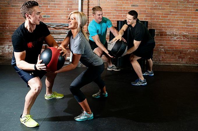 training group partner movement Funkcionalan trening