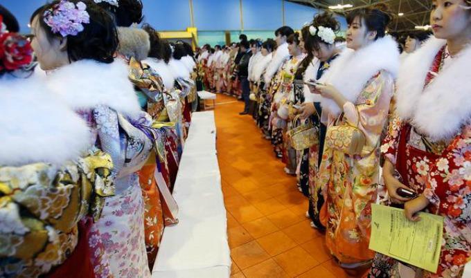 dan sazrevanja1 Proslavljen Dan sazrevanja u Japanu