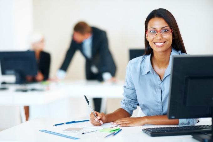 zena na poslu1 Osam načina kako da radite brzo i efikasno