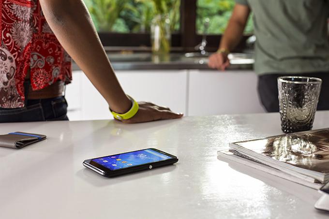 12 E4 Lifestyle Sony Mobile Communications predstavlja Xperia™ E4 pametni telefon