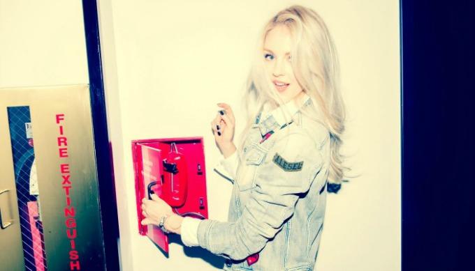 20 najuticajnijih modnih blogera na svetu 10 Singl sam pa šta: Šta to znaju dvadesetogodišnjakinje?