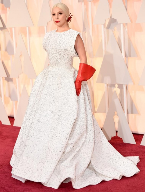 Lejdi Gaga Crveni tepih: Uživo sa dodele Oskara