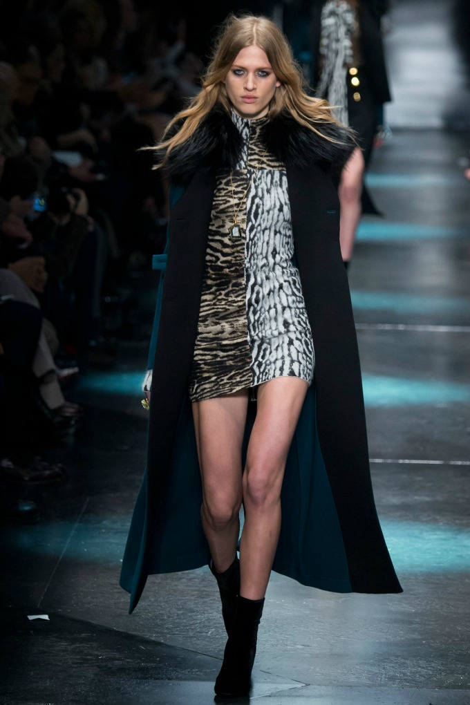 jesenja kolekcija brenda roberto cavalli 1 Nedelja mode u Milanu: Revije brendova Roberto Cavalli i Bottega Veneta