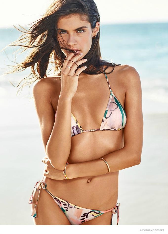seksepilna sara sampaio za victorias secret swim 4 Seksepilna Sara Sampaio za Victorias Secret Swim