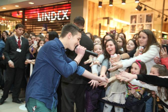 Pevacke Zvezdice odusevile fanove u USCE SC1 Ušće Shopping Center proslavio šesti rođendan uz Neverne bebe i Who See