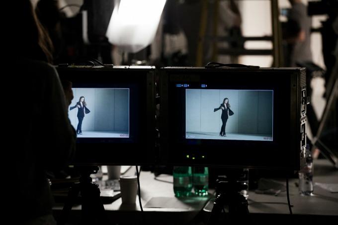 hm 7 Olivija Vajld promoviše održivi stil kolekcijom H&M Conscious Exclusive