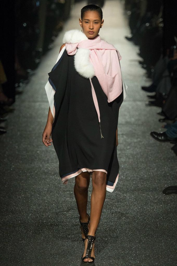 jesenja kolekcija brenda alexis mabille 4 Počeo je Paris Fashion Week!