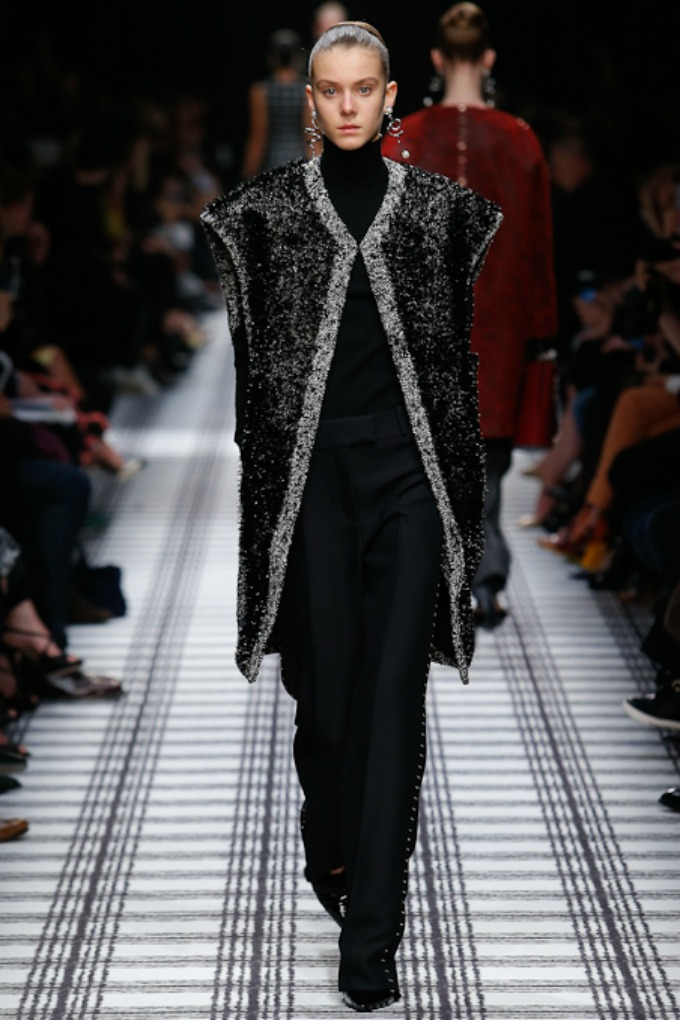 jesenja kolekcija brenda balenciaga 3 Paris Fashion Week: Revije brendova Balenciaga, Isabel Marant i Christian Dior