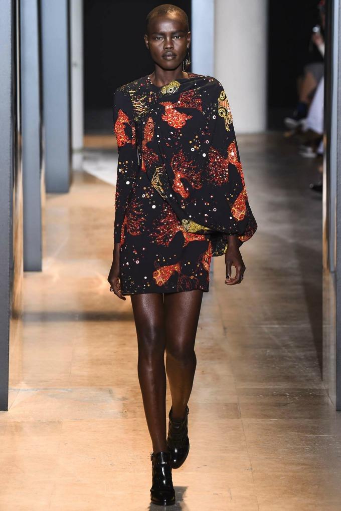 jesenja kolekcija brenda john galliano 7 Paris Fashion Week: John Galliano, Emanuel Ungaro i Nina Ricci