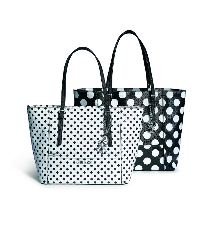 must have 1 Must Have: Guess Delaney Tote torba