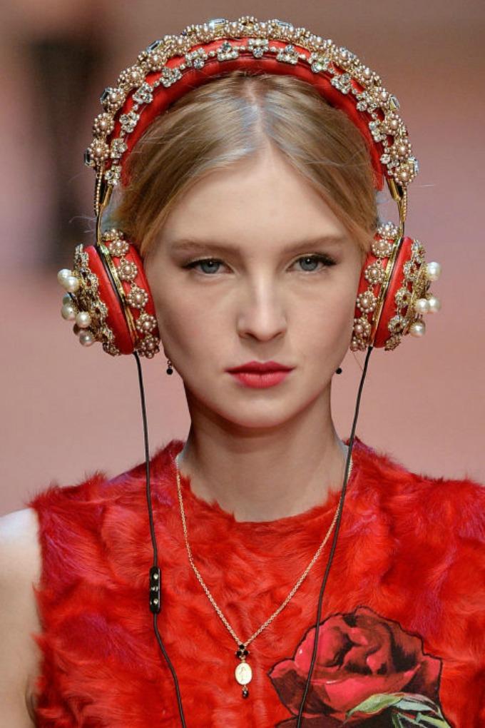 najupecatljiviji aksesoari sa nedelje mode u milanu 1 Najupečatljiviji aksesoari sa Nedelje mode u Milanu