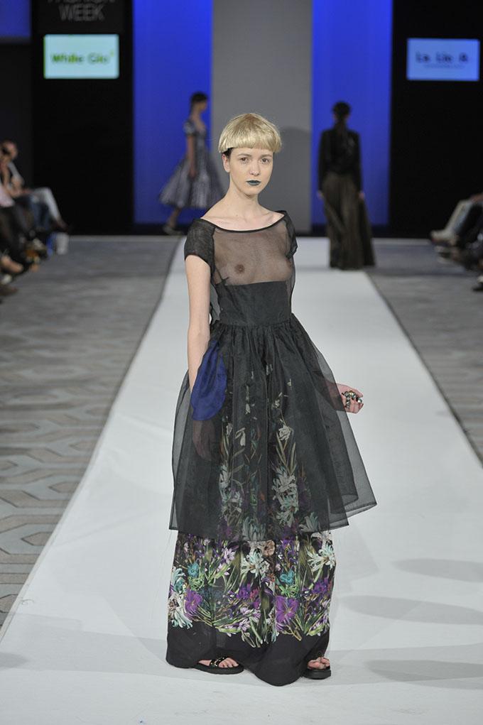DJT5947 37. Black 'n' Easy Fashion Week: Sedmo veče