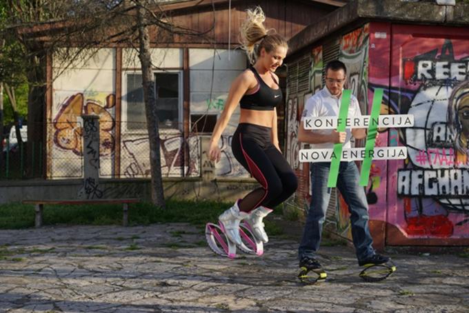 DSC01165 Potpuno drugačiji sport   Kangoo Jumps na konferenciji Nova Energija