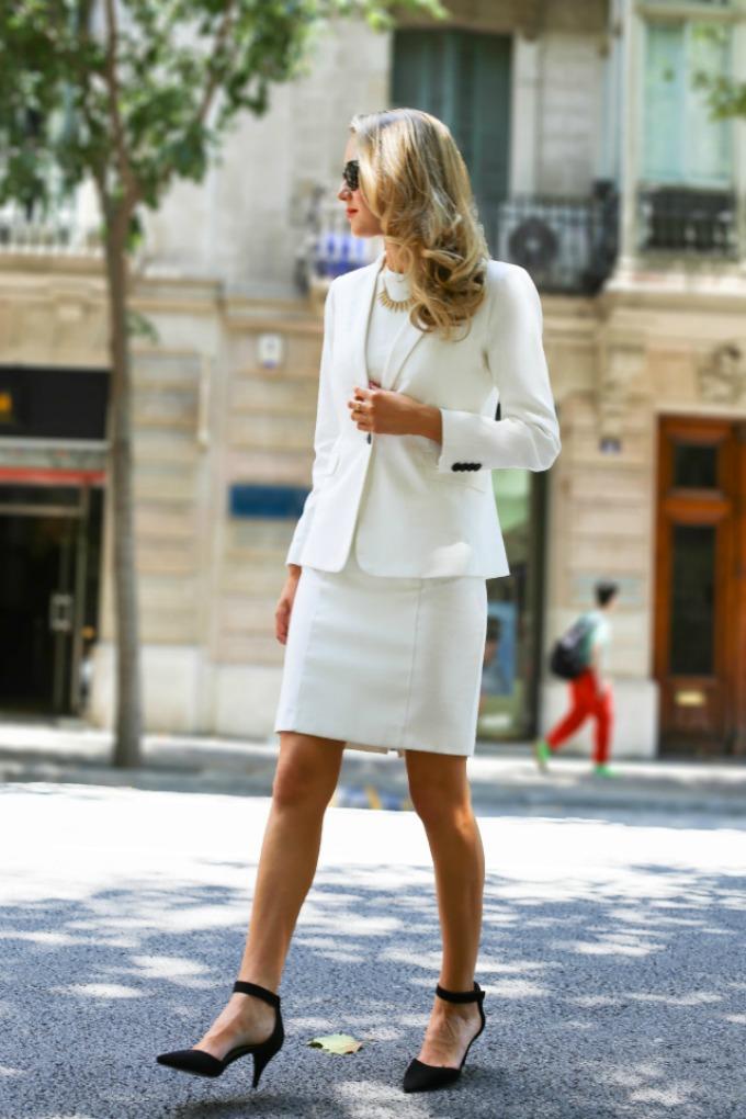 beli komplet 3 Vodič kroz poslovni stil: Kako da nosite beli komplet