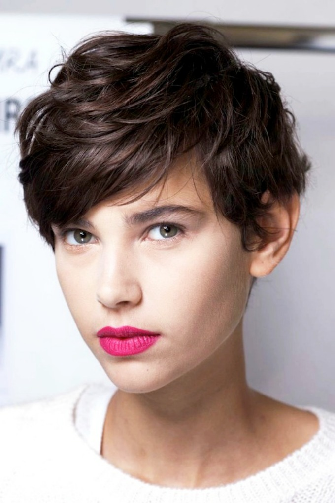 decacke frizure 3 Stajliš dečačke frizure za potpuno ženstven izgled